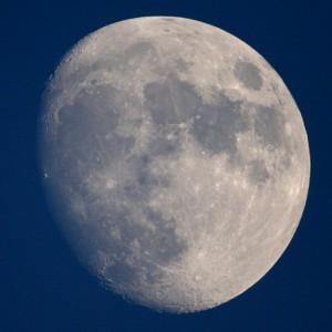Der Mond durch das Fernrohr