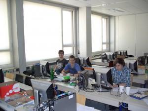 Die drei Teilnehmer des Microcontroller-Workshops an der TU Wien